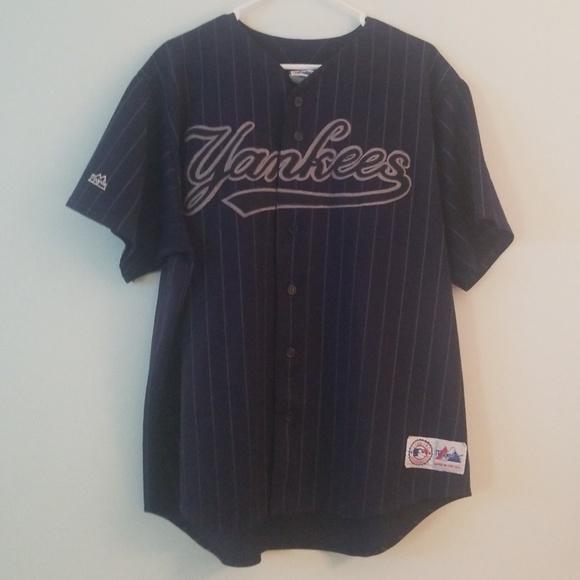 watch e0feb f0226 Vintage Yankees button down jersey